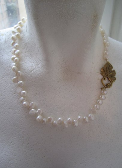 https://www.etsy.com/ca/listing/266395053/dancing-pearl-necklace-ivory-white?