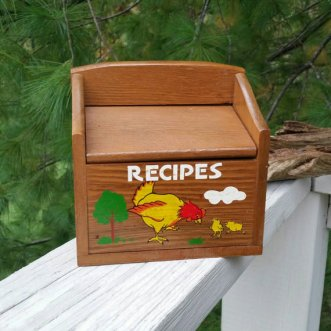 https://www.etsy.com/ca/listing/471431208/rooster-recipe-box-wood-flip-top-counter