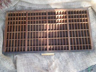 https://www.etsy.com/listing/472199506/letter-press-drawer-tray-gothic-no24?