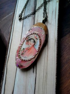 https://www.etsy.com/ca/listing/486328473/decoupaged-necklace-pendant-on-a-brass?