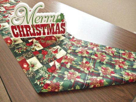 https://www.etsy.com/listing/474371718/cardinals-christmas-table-runner-holly?