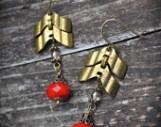 https://www.etsy.com/ca/listing/104460788/brass-chevron-chain-earrings-red-czech?