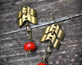 https://www.etsy.com/ca/listing/104460788/brass-chevron-chain-earrings-red-czech?