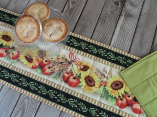 1-sunflower-table-runner