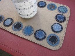 10-wool-penny-rug