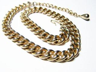 https://www.etsy.com/ca/listing/490336837/curb-link-chain-choker-womens-vintage?