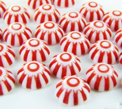 https://www.etsy.com/ca/listing/128269493/vintage-plastic-red-white-candy-stripe?
