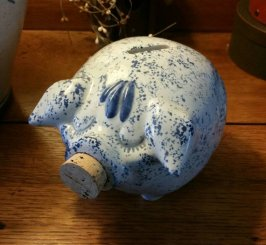 https://www.etsy.com/ca/listing/289241847/hull-pottery-western-stoneware-corky-pig?
