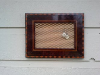 https://www.etsy.com/ca/listing/488619763/earring-holder-glossy-wood-veneer-inlaid?
