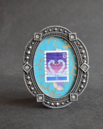 https://www.etsy.com/ca/listing/495731349/love-pair-of-swans-framed-vintage