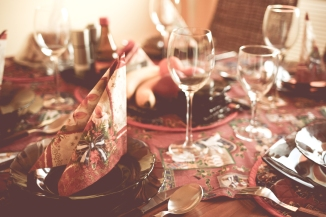 set the table - table setting image