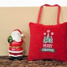 https://www.etsy.com/ca/listing/556040140/merry-christmas-door-hanger-pillow-trees?