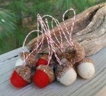https://www.etsy.com/ca/listing/257555921/wool-needle-felted-frosty-acorn?