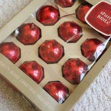 https://www.etsy.com/listing/448709036/shiny-brite-red-glass-christmas?