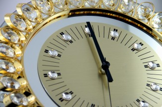 Bling - sparkle clock