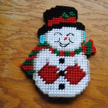 https://www.etsy.com/ca/listing/564565322/plastic-canvas-snowman-refrigerator?