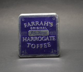 https://www.etsy.com/ca/listing/493400780/vintage-farrahs-harrogate-toffee-tin?