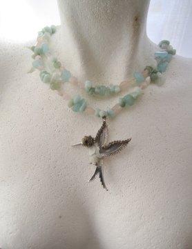 https://www.etsy.com/ca/listing/500141288/hummingbird-necklace-vintage-pendant?