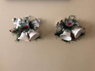 https://www.etsy.com/ca/listing/648160195/vintage-christmas-decor-window-door-or?